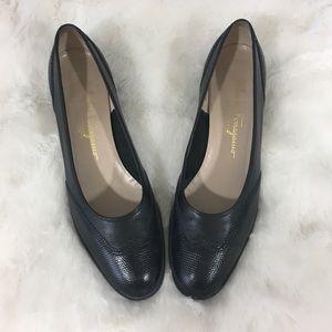 🆕Ferragamo Round Toe Stacked Heel Pumps